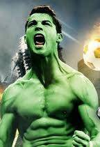 hahahaha ada-ada aja nih, masa ronaldo yg julukanya she or seven, jadi hulk