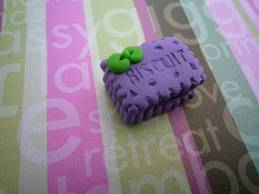biskuit yang lucu=) aku jadi bingung mau makan biskuitnya gak ya? yang setuju sama aku jangan lupa WOW nya ya