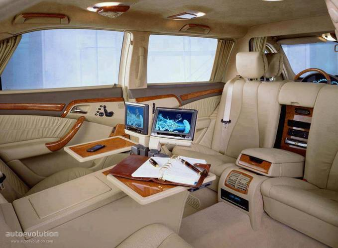 Mercedes S Series Interior..WoW yaa..GBU^^