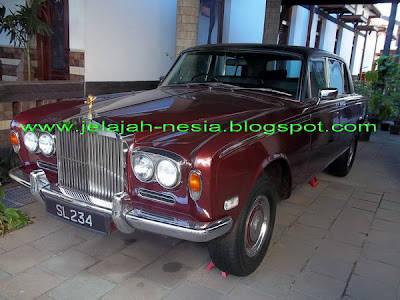 Mobil Rolls Royce Milik Dinasti Sampoerna. Info selengkapnya di Google aja : mobil Rolls Royce Kuno - Jelajah Nesia