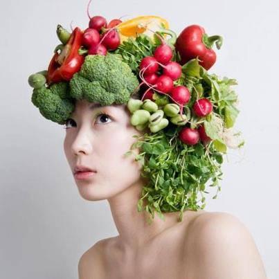 wanita berambut sayuran jdi gak boros duit nih cwe hehehe jangan lupa wow nya ya sobb... ... ... ... ...