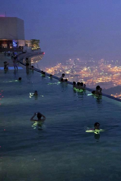 WOW... Marina Bay Sands Singapore