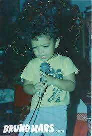 Ini poto Bruno Mars waktu kecil, Lucu ya..!!
