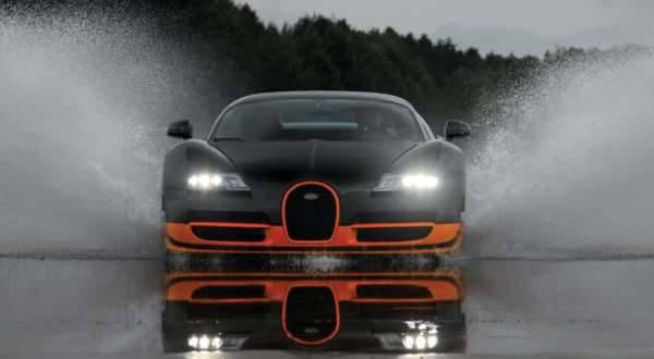 10 Mobil Tercepat 2013 1 Bugatti Veyron Super Sport 2 Lamborghini Aventador 3 Ferrari F12 Berlinetta 4 Ferrari FF 5 SRT Viper 6 McLaren MP4-12C 7 Bentley Continental GT Speed 8 Chevrolet Corvette ZR1 9 Lamborghini Gallardo LP 570-4 Superleggera
