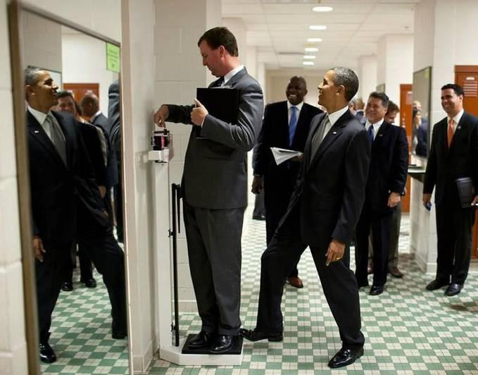 Exlusive !!! di parlement ternyata President Barack Obama juga punya selera humor. @WoWnya sobat PULSK...