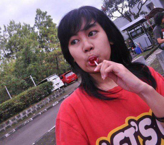 Annisa chibi no make up :D menurut kalian gimana?Cantik?Biasa aja atau jelek? jangan lupa WOWnya :D