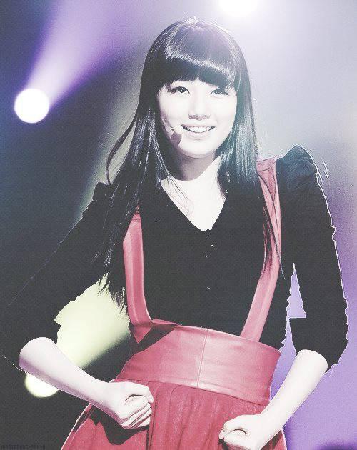 Suzy --- so pretty