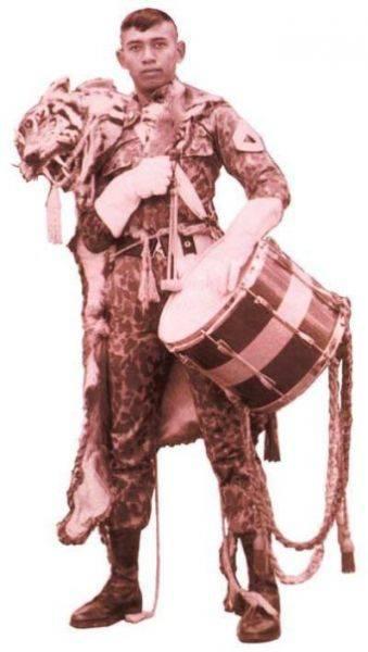 Pak SBY muda : Kavaleri Drumcorps, Tenor Player