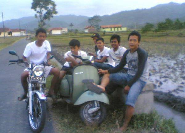 kumpul with my friend...:) BRASEL FAMILY