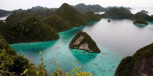 salah satu contoh dari beribu-ribu keindahan alam indonesia... ojo lali WOW gih...