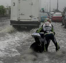 Rossi Ke banjiran Hahah