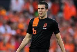 siapa yg tau nama pemain bola ini yg tau comment dan jangan lupa wow ya