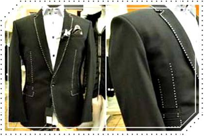 JAS PENGANTIN RICHARD JEWELS Jas pengantin ini senilai USD 900.000 yang merupakan hasil kreasi dari dua orang designer bertangan dingin: Richard Jewels dari Manchester dan Stuart Hughes dari Liverpool kalo kalian pake baju inih kalian buatapa