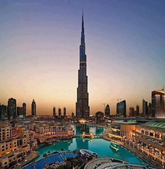 menara tertinggi di dunia ini berada di dubai... menara ini berhasil mengalahkan menara efiel yang ada di perancis.... kalian bisa tau nggak berapa meter menara ini...????