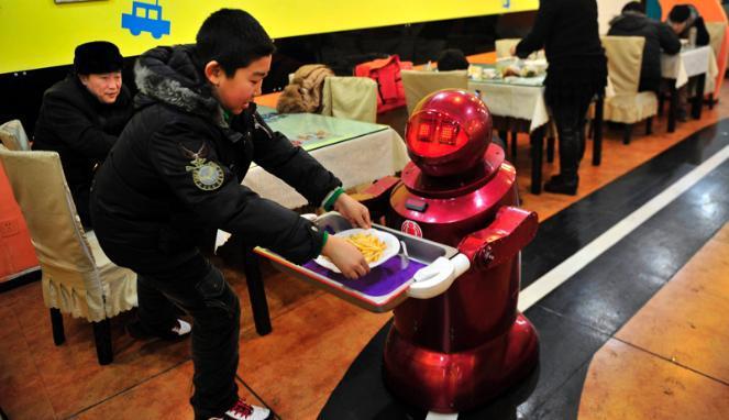 Mulai dari Juru Masak hingga Pelayan di Restoran ini Semuanya Robot