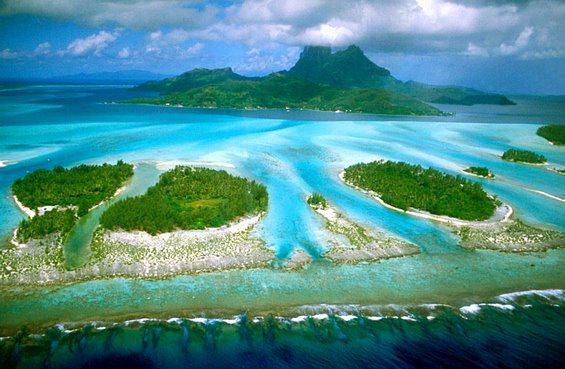 ini adalah keindahan alam di indonesia. klik wow bagi yg setuju indonesia menjadi negeri terindah..