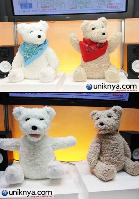 Fujitsu Teddy Bear Robot adalah sebuah robot berbentuk seekor beruang yang ditujukan untuk menemani anda yang kesepian atau bisa dijadikan teman bagi orang tua di Jepang yang tinggal sendiri. imut dehzzz....:D