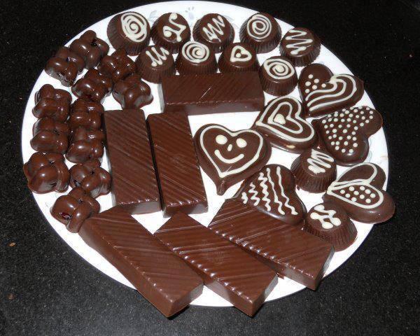 Yummy!... Coklat ini kelihatannya enak banget ya?..... Yang mau klik WOW nya tuh! :D