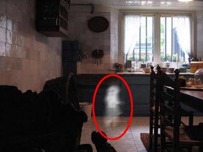 Ini Dia 6 Tanda Dirumah Kamu Ada Hantu
