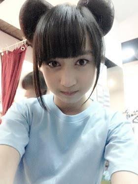 Nabilah JKT48 yang ngefans sama JKT48 , Nabilah Minta WoW nya dong :-D