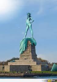 AKIBAT PEMANASAN GLOBAL Inilah pose patung liberty saat keadaan panas.