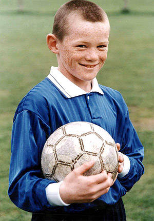 Tebak Siapa Ini Pemain Bola Terkenal Di Liga Inggris Tebak ya. Mana Wow Nya