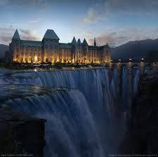 WOW!!!!!!!!! ada istana di air terjun sungguh indah kalian mau tinggal di sini ..................,,,,,,,,,,,