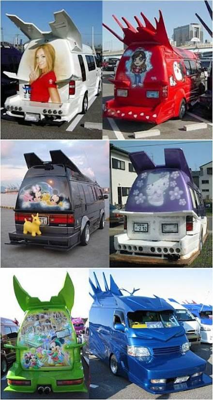 Ternyata bukan hanya angkot atau truk di Indonesia yang diberi gambar dan dilukis dengan berbagai macam gambar. Angkot di Jepangpun juga ada lho yang di gambar dengan gambar dan bentuk yang sgt unik.... :D