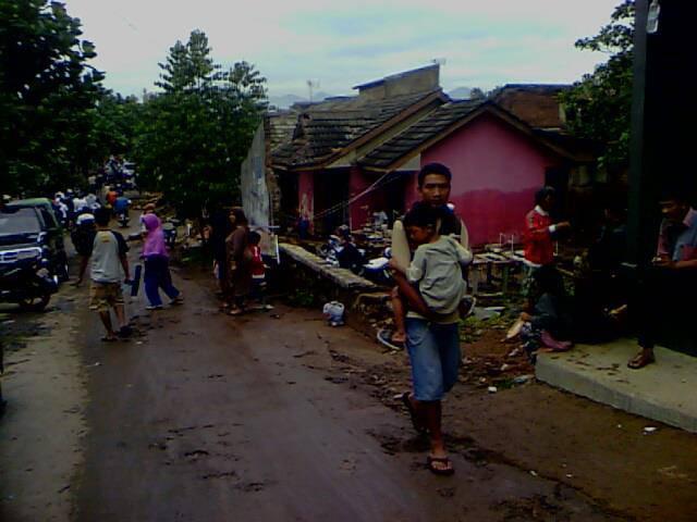 Inilah yg Terkena Banjir Di Bandung Cingcin Permata Indah ( CPI ) Wow nyaa