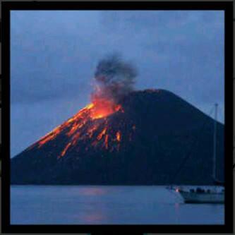 krakatau atau anak krakatau yang meletus?