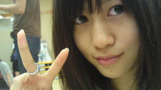 Wajah Atsuko Maeda (member AKB48 yg sudah graduate) tanpa make up, kawaii. :)