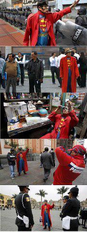 Gila! Pria Asal Peru Berpenampilan Sebagai Superman Selama 15 Tahun