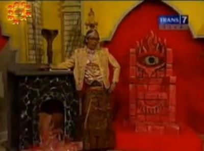 woh ada lambang iluminati di OVJ wownya y ;)