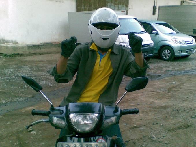 helm sni terbaru th 2013
