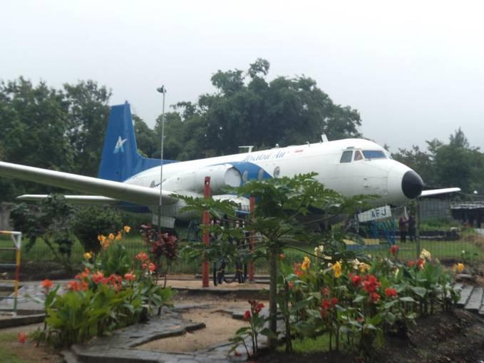 gila......, di indonesia ada pesawat dalemnya dijadiin TK. WOWnya doong..