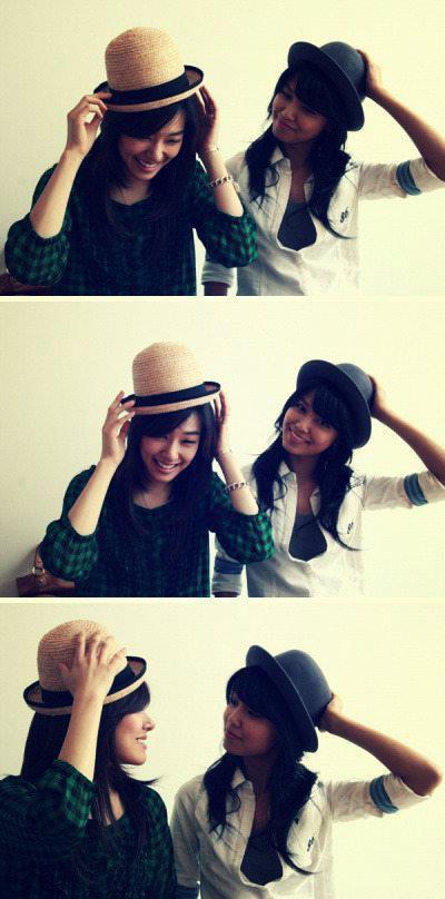 Tiffany & Sooyoung (2010) - SNSD