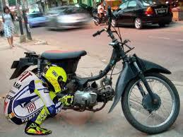 ini motor balap jadul motornya suka mogog