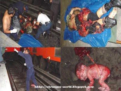 SUBHANALLAH,seorang ibu hamil yang sudah tergilis kereta bayi ibu itu selamet dengan berumuran darah walau pun ibunya sudah tergilis kereta...!!