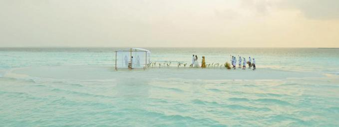 Wedding at a sandbank in the middle of a lagoon.