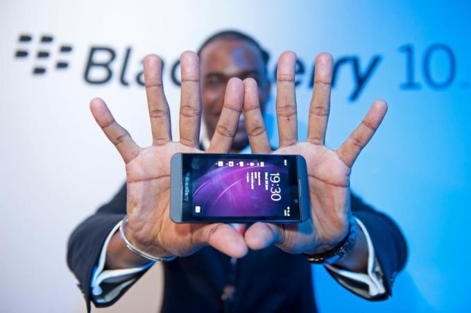 BlackBerry Z10 tetap cantik dari sisi manapun kamu melihatnya. Lihat tampilan 360 derajat BlackBerry Z10 di sini http://bit.ly/Z10Galleries