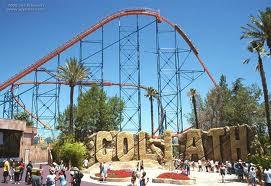 Goliath Goliath adalah roller coaster tertinggi terletak di Six Flags daerah Georgia. Goliat mencapai ketinggian sekitar 200 kaki atau sekitar 61 meter dan dengan kecepatan tertinggi 70 mph (110 km / jam).