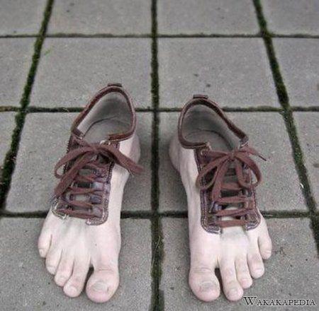 ,,sepatu aneh,,,tapi nyata... jangn lupa wow,comentnya,,,hehe