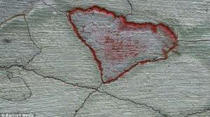 keajaiban alam batu love