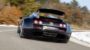 Mobil tercepat ke 2 yaitu buggati veyron sport Peringkat pertama yaitu adalah? Hayo tao nggak gw udah tau untuk menjawab kamu harus wow dulu donk