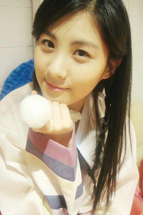 Wajah Seohyun SNSD tanpa make up.....tetap cantik ya ??