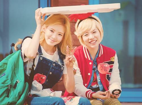 hyoyeon n Sunny SNSD