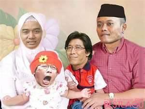 keluarga sakinah mawadah warohma..... hehehehe,,,,,, WOW ,,,,,,