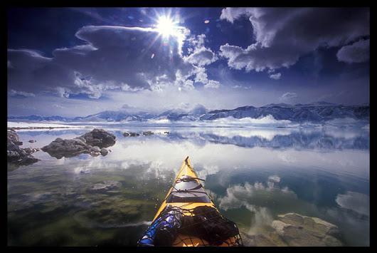 WOW, di saat jam menunjukan pukul 9 pagi dan menyajikan pemandangan alam yang keren, bersama laut dan awan (y)