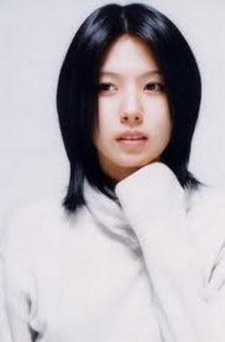 di sini saya meringkas 5 artis cantik korea wanita yang mati bunuh diri, antara lain: 1. Jung Da Bin Jung Da Bin Born: 4 maret 1980 Died: 10 februari 2007 Film terakhir: He was Cool (2004) Tv Series: That Summer Thypoon (2005) Jung Da Bin me