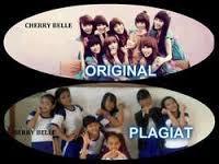 Ini bener g sih, yang Original mana yg plagiat mana, menurut kalian yang pelagiat berry belle atau cherry belle. Me:ya cherry belle lah yang plagiat SNSD!!!